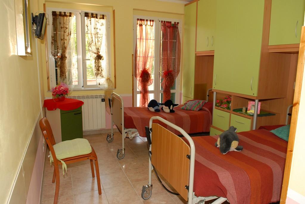Villa rosa rsa gli interni - Luci di emergenza per casa ...