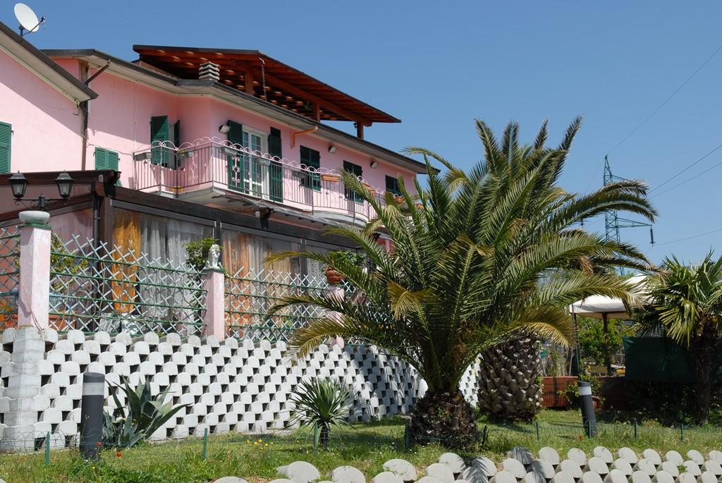 villa rosa rsa residenza sanitaria assistita. Black Bedroom Furniture Sets. Home Design Ideas
